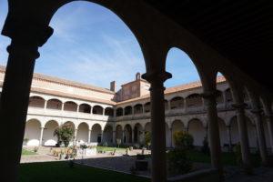 マドリガル修道院