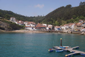 タソネスの漁港