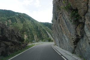 ブロトへ移動の道路