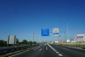 マドリードから出発の道路