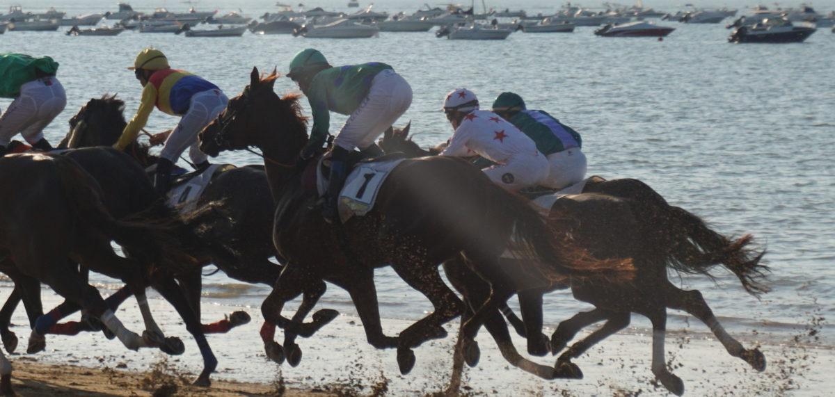 キャンピングカーでサンルーカルのビーチ競馬とポルトガルとグアダルーペの夏祭り、2018年8月