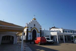 サンルーカル河口の教会