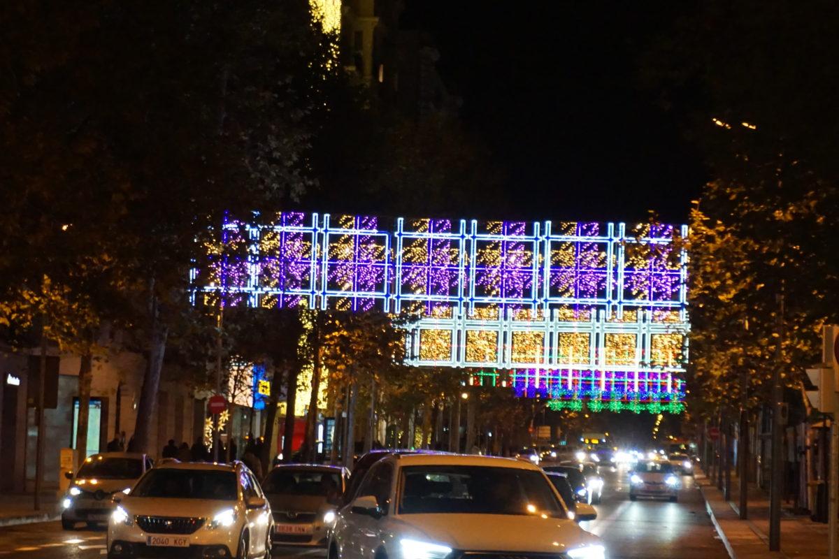 スペインのクリスマス時期のお店やレストラン情報と過ごし方。意外と注意は12月24日の夜。