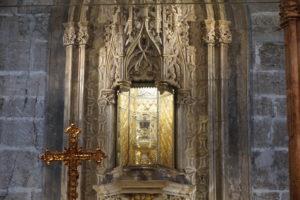 バレンシア大聖堂内部聖杯