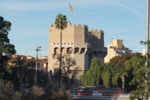バレンシア、セラーノスの塔