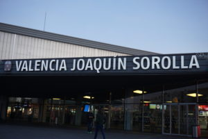 バレンシア、ホアキンソローじゃ駅