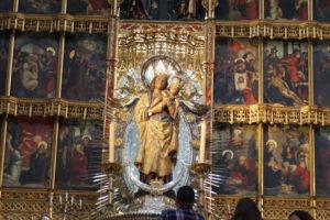 アルムデナの聖母像