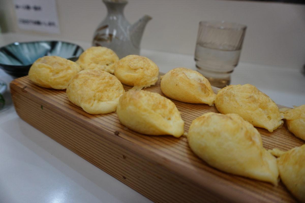 神戸のグルメ、地元民が通う昔ながらの美味しい物を紹介します。神戸に来たら絶対食べて帰ってほしい物特集。