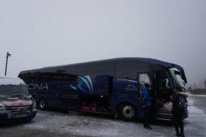シエラ・ネバダからグラナダ行きのバス