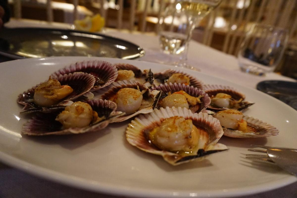 マドリードの魚介類レストラン「アトラパジャーダ」は我が家のお気に入り№1のガリシア料理屋です