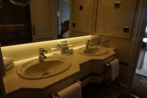 マドリード・ホテル・ウェリントンバスルーム