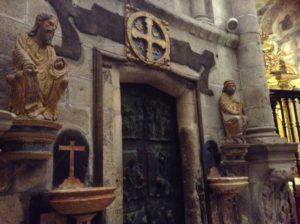 サンチアゴの道サンチアゴ大聖堂の免罪の門