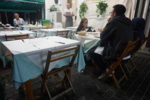 サンセバスティアン、港のレストラン