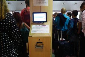 アトーチャ駅、切符売り場